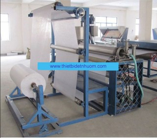 Coating machine for non-woven fabric